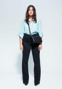 Violeta by Mango - PLANAF6 - Button-down blouse - himmelblau - 1