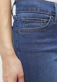 Levi's® - 710 INNOVATION SUPER SKINNY - Jeans Skinny Fit - darling blue - 4