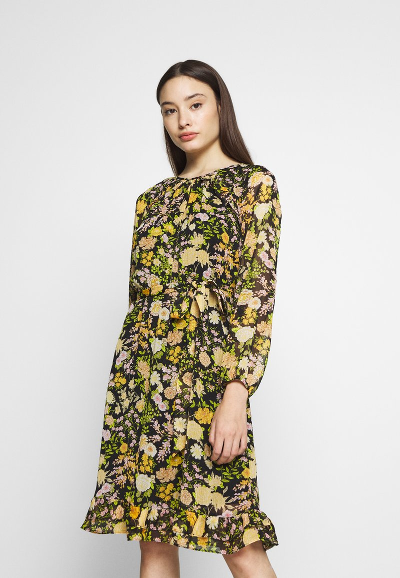 Wallis Petite - GARDEN FLORAL FRILL FIT AND FLARE DRESS - Day dress - black