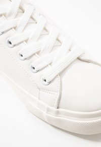 New Look - MANNY - Trainers - white - 2