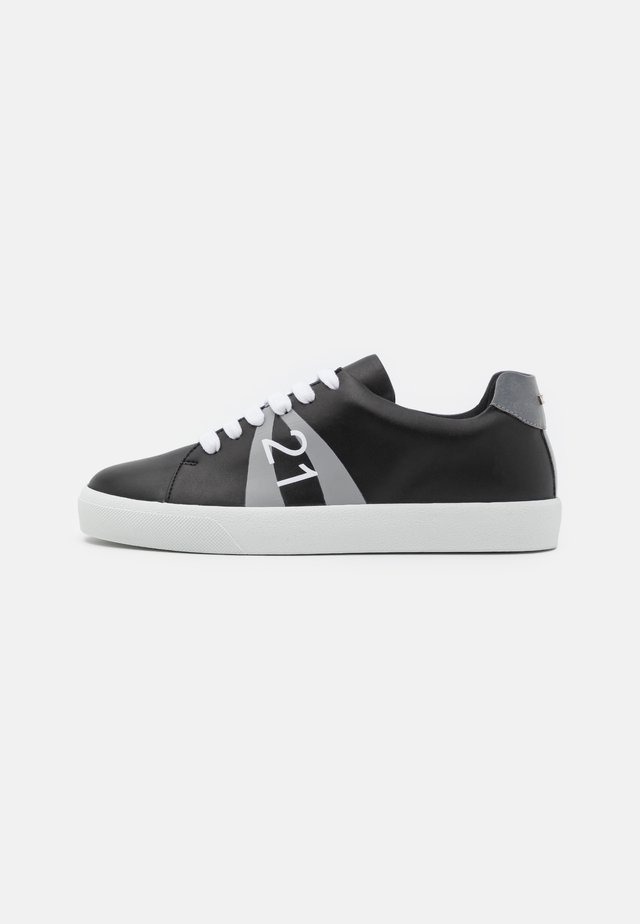 GYMNIC - Zapatillas - black/grey