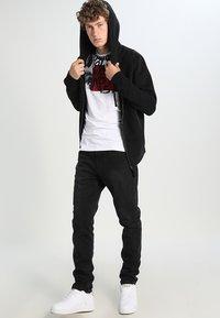 AllSaints - RAVEN - Zip-up hoodie - black - 1
