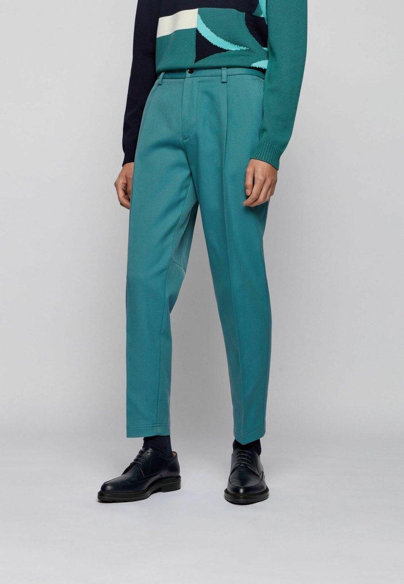 BOSS - KIRIO - Trousers - open green