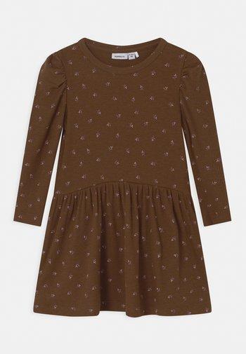 NMFDAISIA - Jersey dress - brown