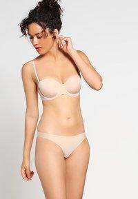 Esprit - BROOME - Multiway / Strapless bra - softskin - 1
