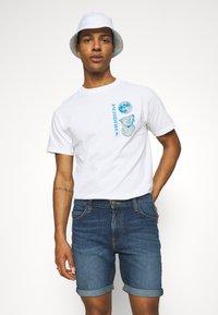 Lee - RIDER - Denim shorts - maui dark - 3