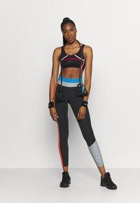 Nike Performance - ONE 7/8 - Medias - black/light photo blue/chile red/black - 1