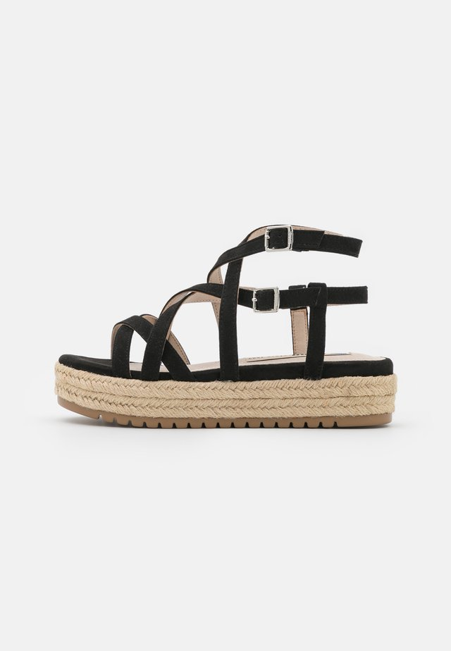 AMELIE - Sandalen met plateauzool - black