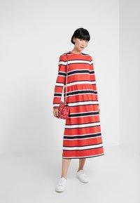 Libertine-Libertine - ZINK - Jersey dress - red stripe - 1