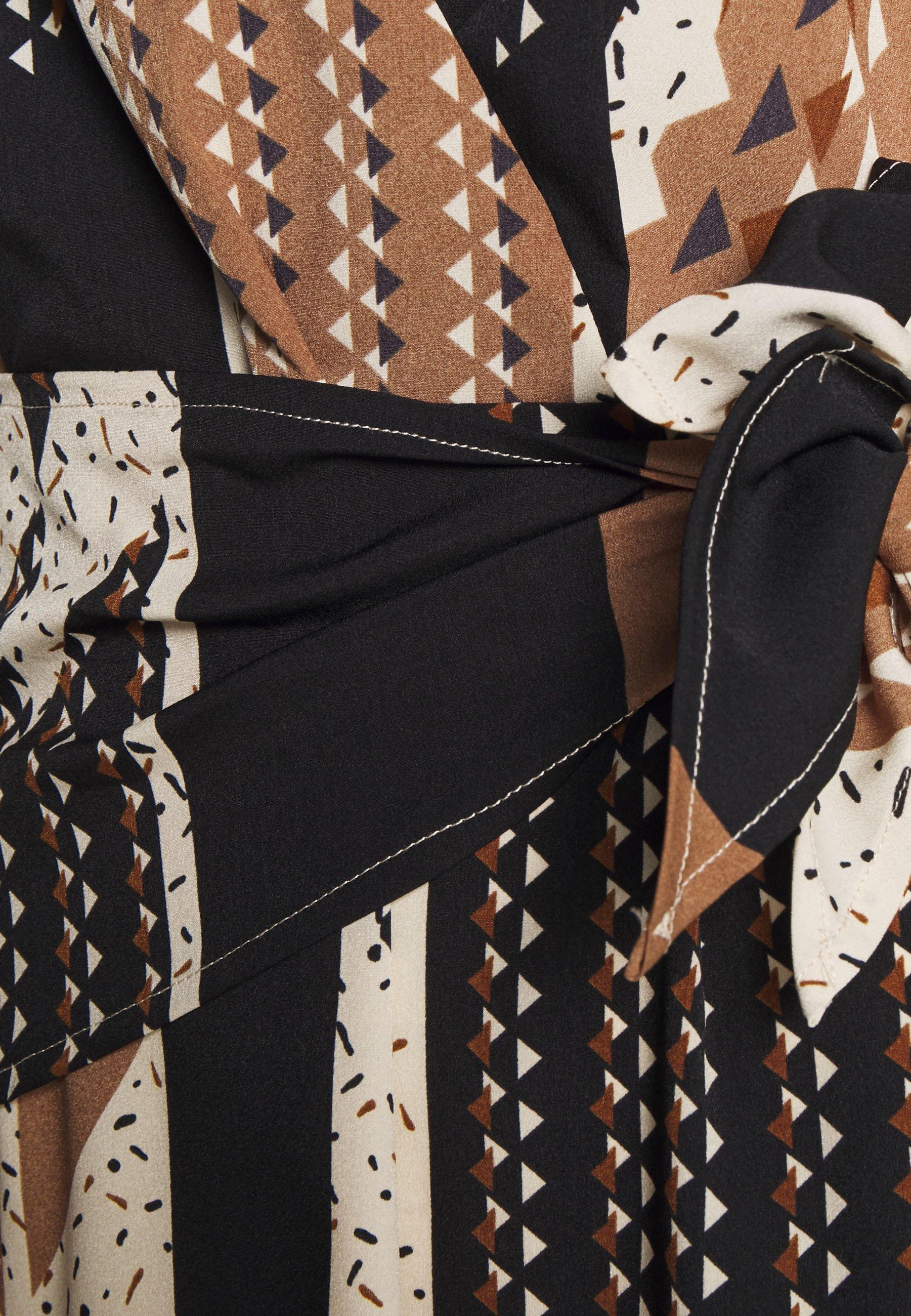 Sisley DRESS - Robe d'été - light brown/beige - Robes femme XoUYN