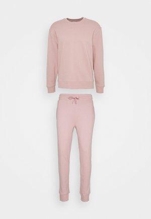 CREW UNISEX SET - Tracksuit - pink
