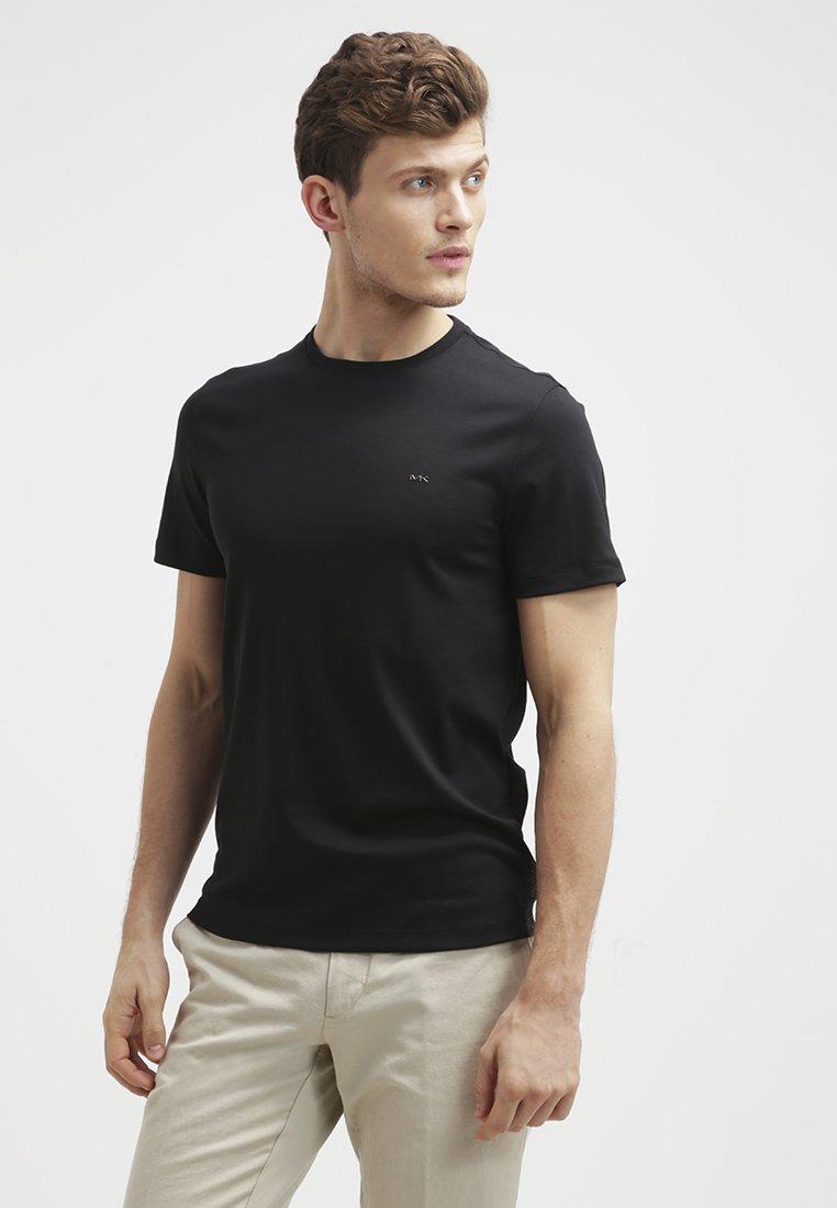 Men Basic T-shirt - black