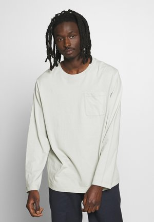 JAYDEN POCKET LONGSLEEVE - Long sleeved top - green