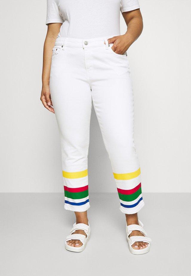 MIDRS 5 POCKET - Jeansy Slim Fit - white