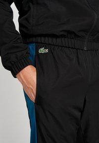 Lacoste Sport - TRACKSUIT - Træningssæt - black/illumination white - 5