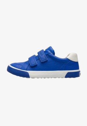 PURSUIT  - Trainers - blau