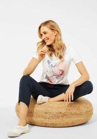 Cecil - Print T-shirt - weiß - 2