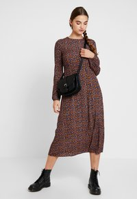 New Look - LILIAN DITSY MIDI DRESS - Maksimekko - black - 1