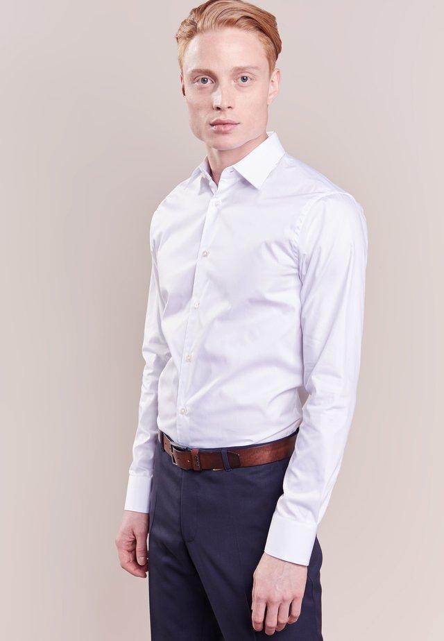 FARRELL SLIM FIT - Koszula biznesowa - white