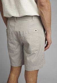 Anerkjendt - JOHN  - Shorts - glacier gray - 3