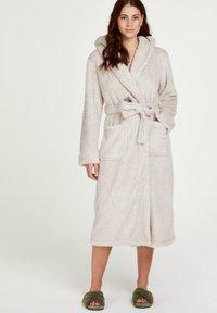 Hunkemöller - Dressing gown - tan - 0