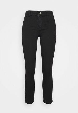 PETITES FRANKIE - Jeans Skinny Fit - black
