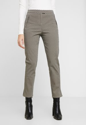 FRONT CUT DETAILED TROUSERS - Chinosy - black