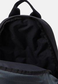 Nike Sportswear - Rucksack - black/reflective - 2