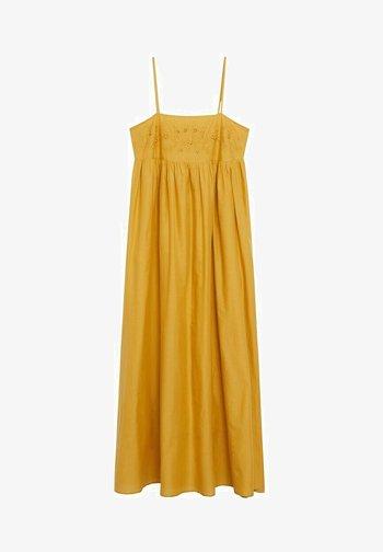 Maxi šaty - moutarde
