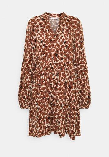 VILANA DRESS - Vestito estivo - dark brown