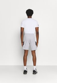 Lacoste Sport - SHORT  - Sports shorts - heidekraut grau/weiß/schwarz - 2