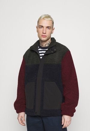 CUT AND SEW - Giacca in pile - burgundy
