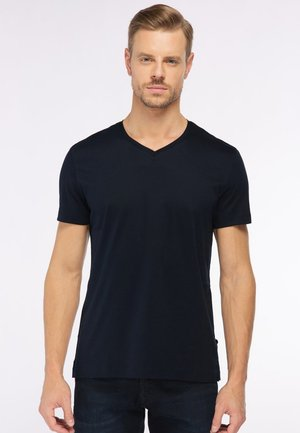 M-PIUS - Basic T-shirt - black