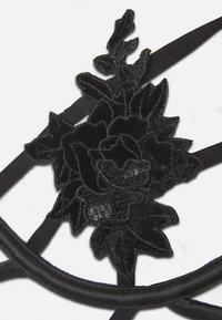 Hunkemöller - EFFIE - Body - caviar - 2