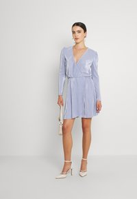 Nly by Nelly - ALL I NEED PLEAT DRESS - Cocktail dress / Party dress - dusty blue - 1