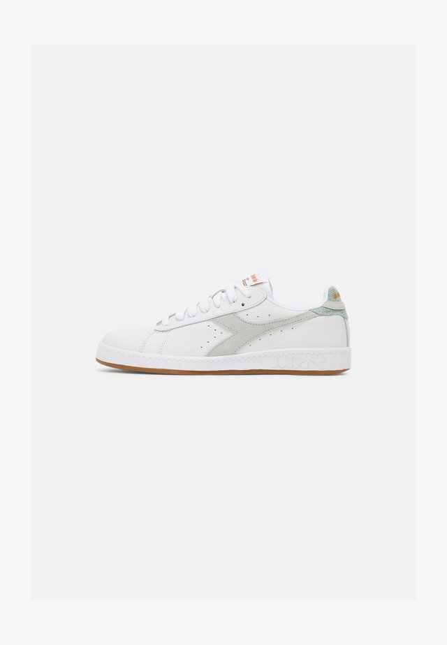 GAME OPTICAL SUMMER UNISEX - Sneakers laag - white/glacier gray