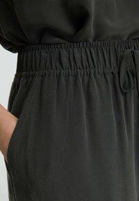 OYSHO - Pantalon classique - dark grey - 3