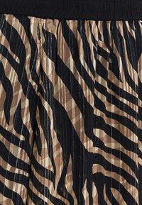 Kaffe Curve - KCVENKE SKIRT - A-line skirt - black - 6