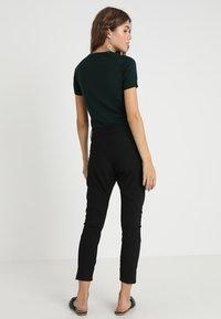 Fiveunits - ANGELIE SPLIT - Trousers - black - 2