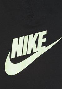 Nike Sportswear - CLUB PANT - Teplákové kalhoty - black/barely volt - 2