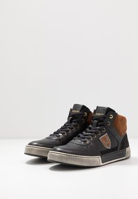 Pantofola d'Oro - FREDERICO UOMO MID - High-top trainers - black - 2