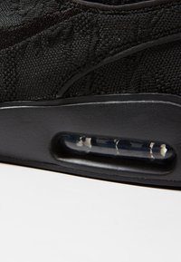 Nike SB - AIR MAX JANOSKI 2 - Sneakers laag - black - 5