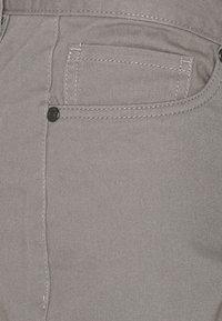 Newport Bay Sailing Club - 2 PACK - Shorts - black/mid grey - 5