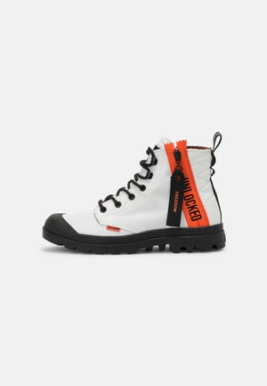 PAMPA UNLOCKED UNISEX - Lace-up ankle boots - star white