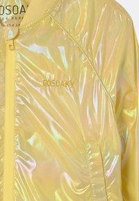 Gosoaky - SPIDER KISS UNISEX - Bomberjacka - lemon yellow - 2
