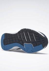 Reebok - REEBOK RUNNER 4.0 SHOES - Neutral running shoes - blue - 7