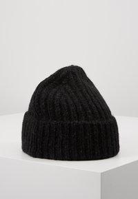 CLOSED - KNITTED HAT - Čepice - black - 0