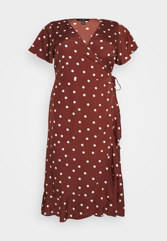 LINDA WRAP DRESS - Day dress - brown