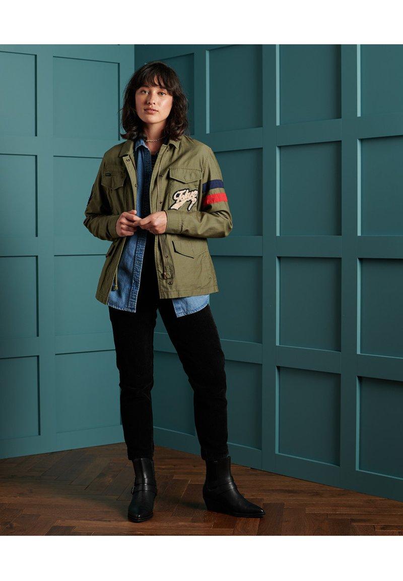Superdry - VARSITY ROOKIE  - Summer jacket - khaki