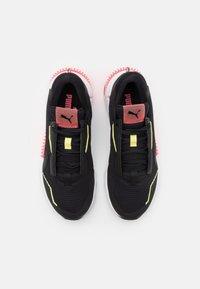 Puma - PROVOKE XT - Sportovní boty - black/ignite pink - 3